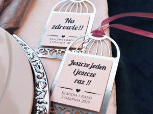 Ażurowe zawieszki ślubne w stylu glamour kolor srebrny