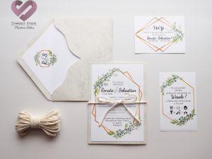 Minimalistyczne zaproszenia ślubne marmurowe z motywem eukaliptusa i złota