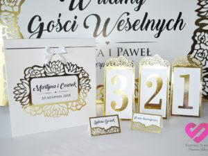 Numery na stoły weselne, ażurowe winietki na stół weselny, numery, pudełko na koperty z elementami złota w stylu glamour