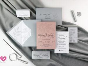zaproszenia ślubne szare z różem pergamin