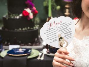 Menu weselne wachlarz Alicja w krainie czarów menu weselne romantyczne Alice in Wonderland