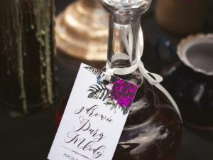 Zawieszki na butelki Alicja w krainie czarów zawieszki na butelki kwiatowe zawieszki ślubne na alkohol