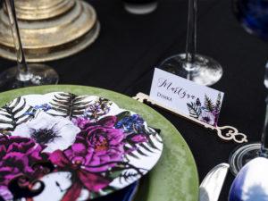 Winietki ślubne Alicja w Krainie Czarów kwiatowe z kluczem