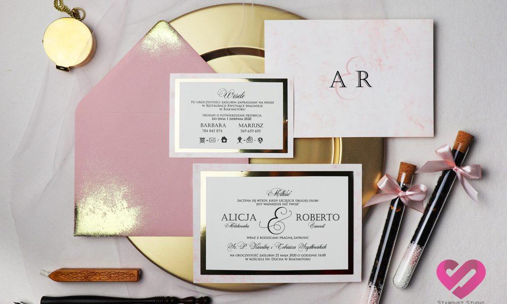 Bez wątpienia nowoczesne, modernistyczne, pastelowe zaproszenia ślubn w stylu glamour z elementami złota i zloconą kopertą