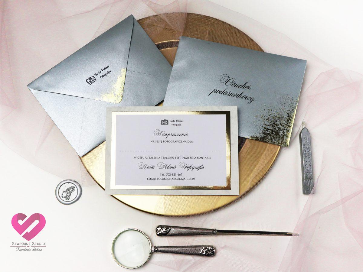 vouchery podarunkowe w stylu glamour z eleganckim zloceniem koperty