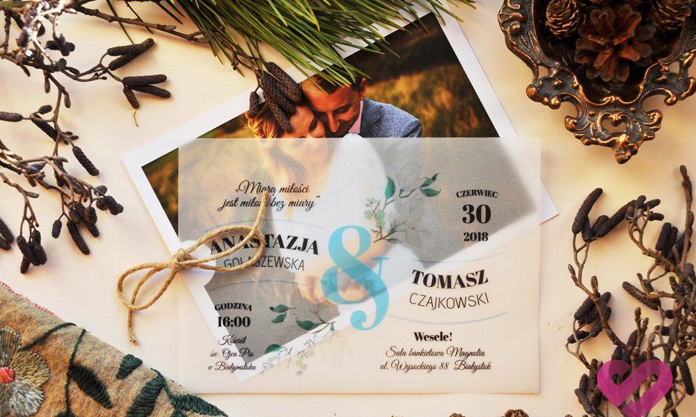 Rustykalne, eko zaproszenia ślubne ze zdjęciem i pergaminem w stylu boho niewątpliwie oryginalne